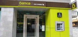 Con las tarjetas contactless de Bankia ya no es necesario meter la tarjeta en el cajero para operar