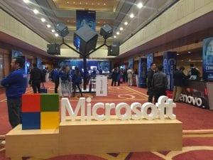 Microsoft fortalece relaciones con socios