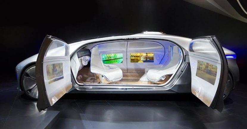 Inicia la revolución de los coches autónomos