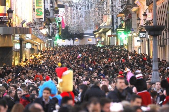 Casi nueve de cada diez usuarios de internet en Francia se prepararon para sus ventas de navidad en línea. Y mas del 70 por ciento eventualmente compraron regalos en línea