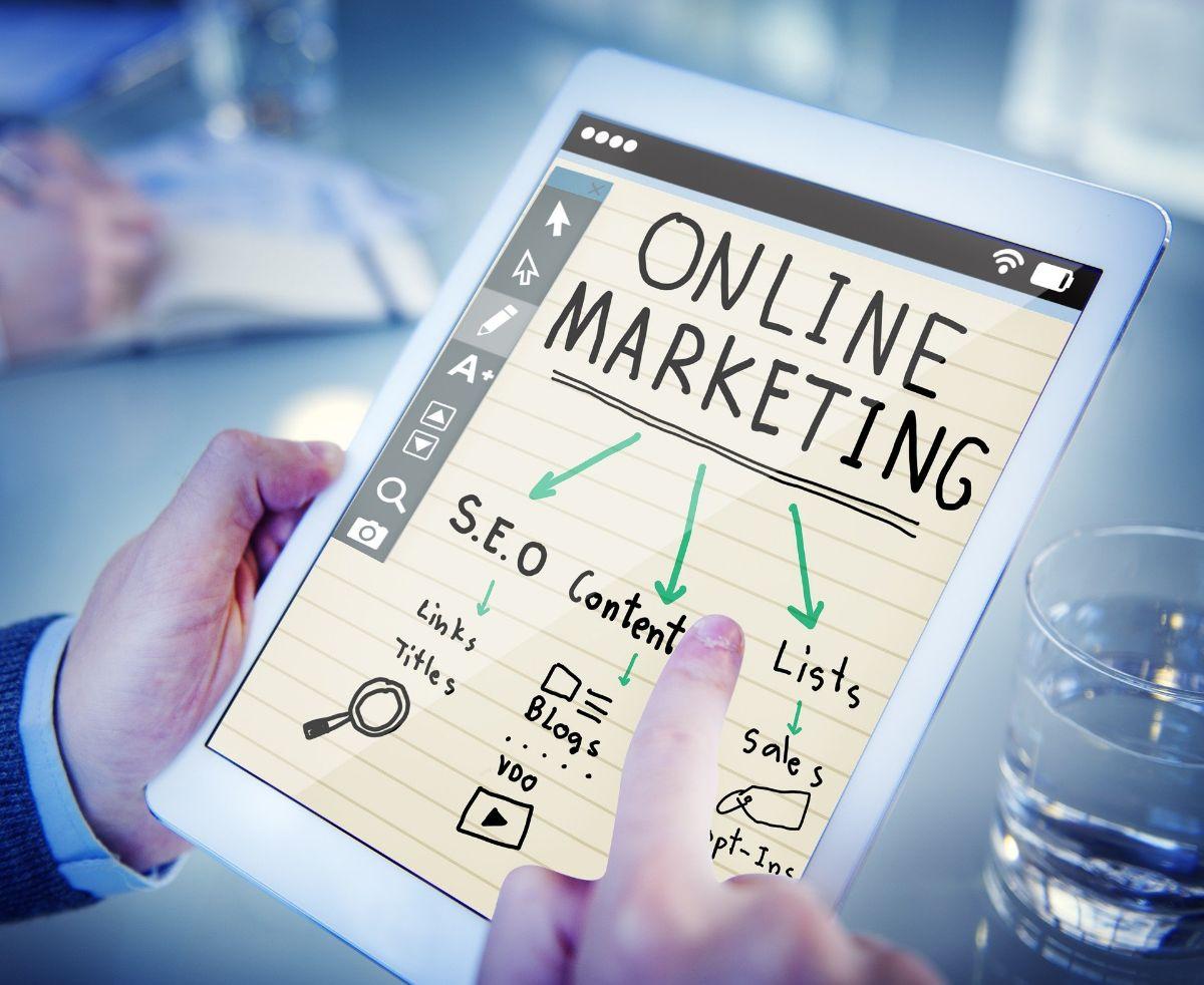 Cómo llevar a cabo un estudio DAFO en una estrategia de marketing online